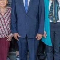 Desatan polémica zapatos de López Obrador en redes sociales