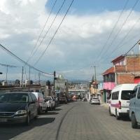 A plena luz de día, asaltan taquería en El Alto, Chiautempan