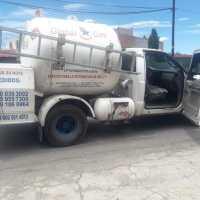 En persecución, policías de Nanacamilpa detienen a ladrones de una pipa
