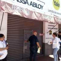 Clausuran ferretería Camacho en Chiautempan, por no contar con licencia
