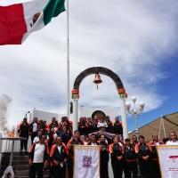 Ayuntamiento de Tecopilco recibe fuego simbólico de independencia