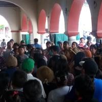 Ambulantes de Chiautempan desafían al COVID-19 y logran acuerdo