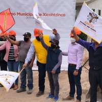Inicia obra de drenaje y pavimento en calle Insurgentes de Xicohtzinco